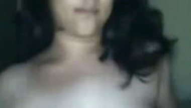 Chubby South Indian girl exposes her huge boobs