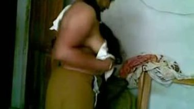 Desi Indian aunty home sex with neighbor's young son