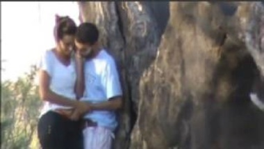 Indian Couple's Secret Sex Video Caught In Park