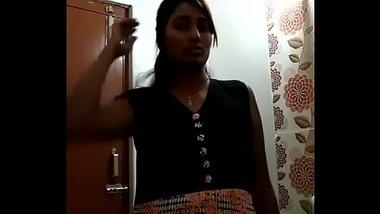 Swathi Naidu striping and dancing before shower