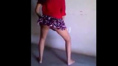 Sweet babe twerk dance in mini skirt