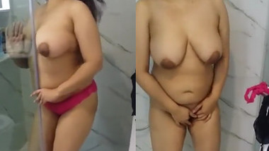 Horny Indian Bhabhi Stripes Clothes and Fingering