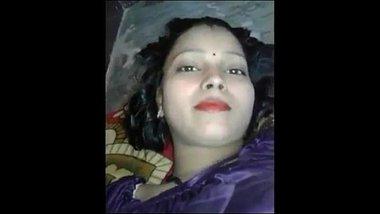 Hindi mai gandi baaton ke saath blue film