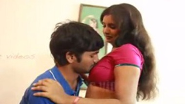 Saree sex in masala b-grade Indian blue film of Bihari wife Bollywood fun