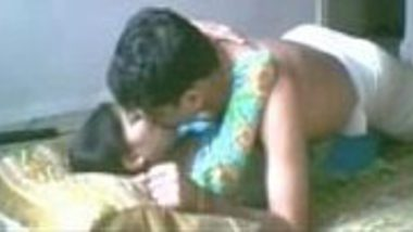 Bhopal wet teen chut licked and fucked by Indian desi Nepal lover