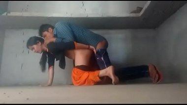 Tamil girlfriend aur bf ke chudai ki free xxx mms clip