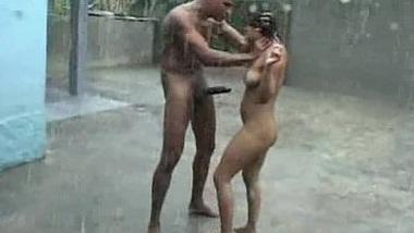 Rain mai devar bhabhi ki garma garam sex masti
