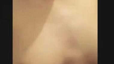 Desi Cute Teen Babe Nude Show