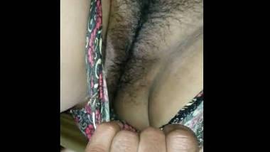 Desi village bhabi nice pussy