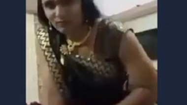 Indian shemale Romance