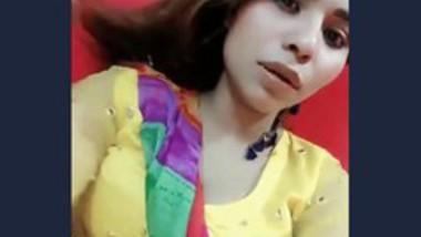 Anam Khan hot video 2