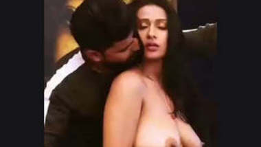 Hot Romantic Scene Vdo