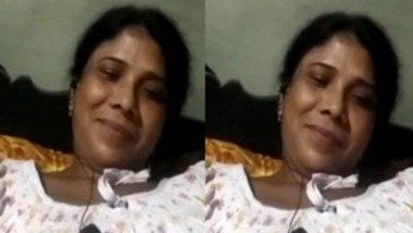 Bhabi Showing Pussy On Video Call