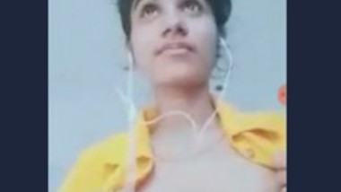 Cute Desi Girl Video Call 1