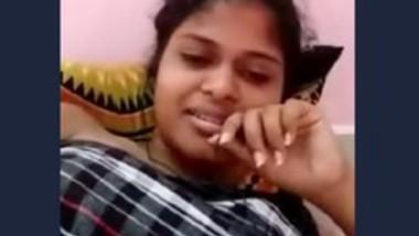 Cute Desi Girl 1
