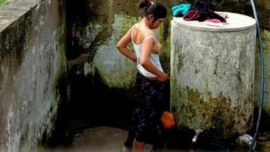 Cute Desi Girl Out Door bathing