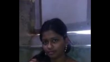 Hot Mallu Babe Showing Everything