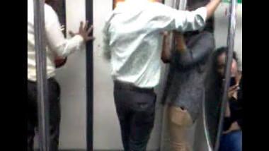 Indian beautiful lover romance in train