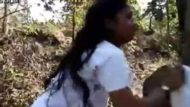 Ranchi teen's outdoor blowjob