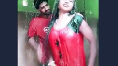 Desi couple bath together
