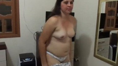 Bhabi shot nude just before going to bathroom mms clip