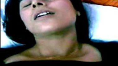 Sexy boobs desi wife enjoying honeymoon sex