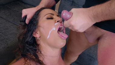 Married man cheats on wife fucking sultry XXX Latina Julianna Vega