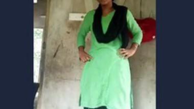 Desi village girl dance-1