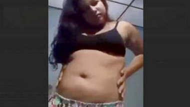 Horny Desi Girl Pussy Fingering