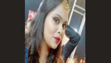 Hot Indian college girl vdo leaked