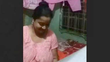Bangladeshi Married Bhabi Fucking Affair With Neighbour