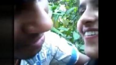 Desi lover very hot kiss outdoor