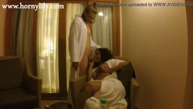 Tamil Maid Horny Lily Giving Escort Service To Foreign Stud