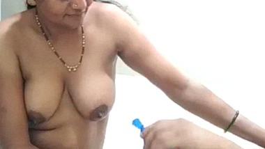 Parachute coconut oil handjob sex massage