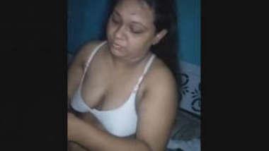 Sexy Desi Bhabhi Blowjob 2 Clips Part 1