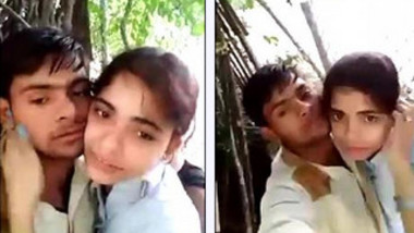 Indian lovelace feels up XXX girlfriend and kisses her in the fresh air
