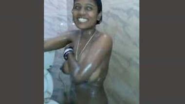 Indian Randi Bathing and Fucking 2 Clips Part 1