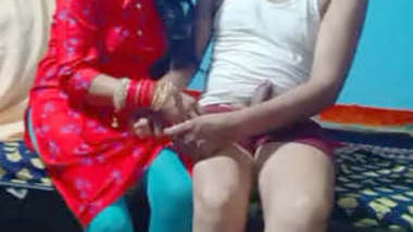 newly wed aarthi bhabhi in salwar home made mms