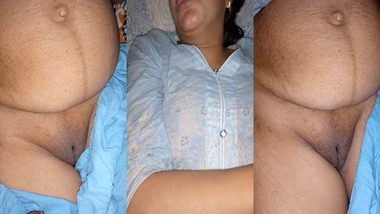 Mature Desi pussy exposed by her husband's brother MMS