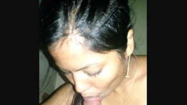Desi Cute Girl Sucking Dick